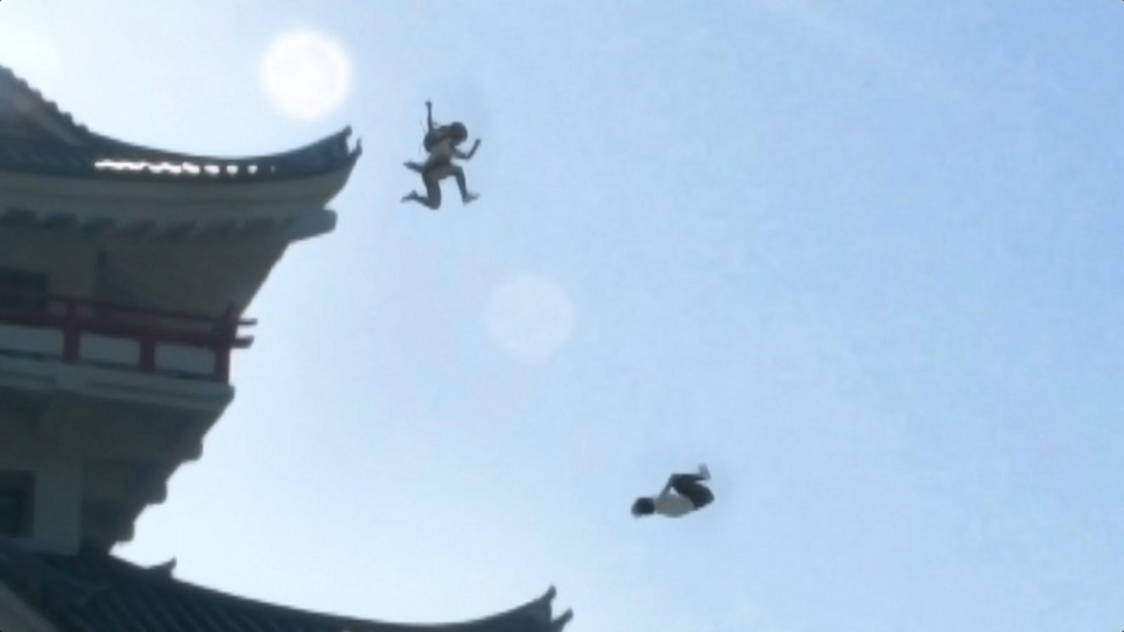 japanese school girl chase ninja